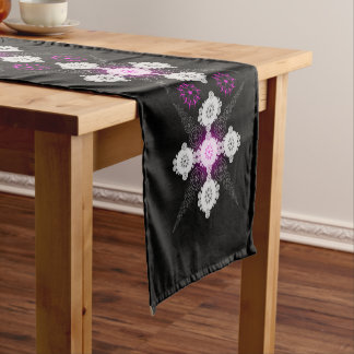 Lacy Celtic Crop Circle Short Table Runner