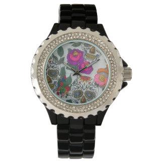 Ladies clock with skulls logo watches