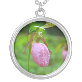 lady slipper silver plated necklace