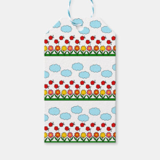 Ladybugs and flowers pattern pack of gift tags