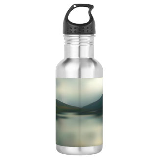 Lake in the mountains 532 ml water bottle