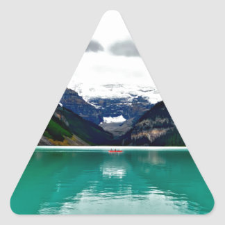 lake-louise-1747328 triangle sticker