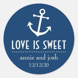 L'amour d'ancre de bateau est les étiquettes doux sticker rond