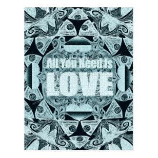 L'amour est tout que vous avez besoin carte postale