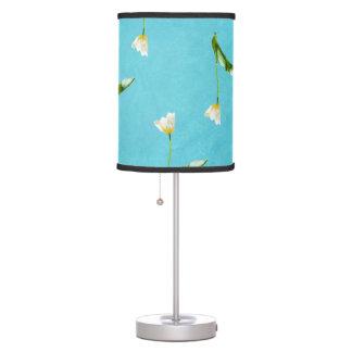Lampe De Table Tulipes sur le bleu d'aqua