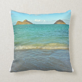 Lanikai, Hawai'i Throw Pillow