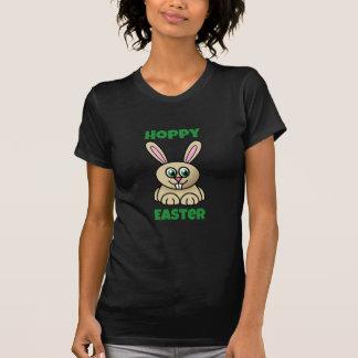 Lapin mignon de houblon de bande dessinée de t-shirt