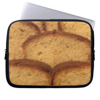 Laptop sleeve cake.