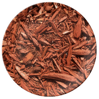 Large Red Cedar Mulch for Landcape Designer Plate