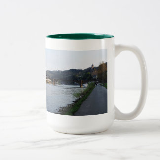 Large two-colored cup hunter-green Cochem Moselle
