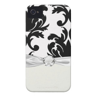 large white and black bold damask iPhone 4 case