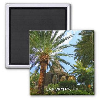 Las Vegas & Elephants Magnet! Square Magnet