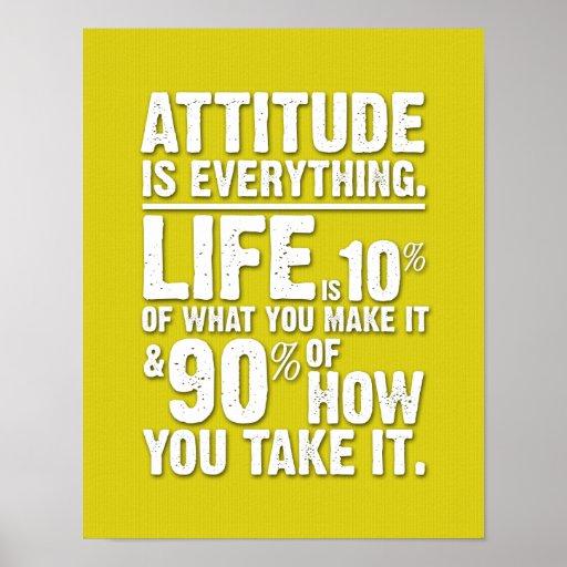 L'attitude est tout affiche - jaune