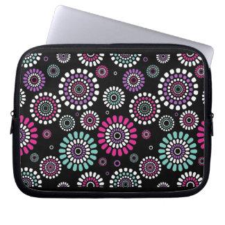 Layer For Laptop Flores Negras of Primavera Laptop Sleeve