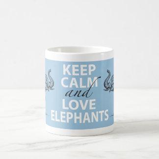 Le cadeau d'éléphant gardent la copie d'éléphants mug blanc