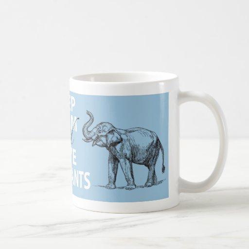 Le cadeau d'éléphant gardent la copie d'éléphants  tasse à café