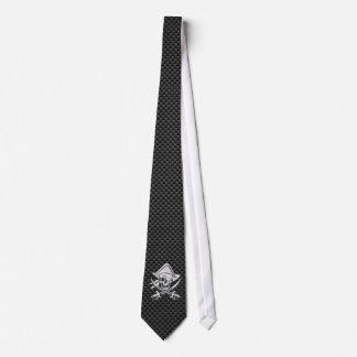 Le chrome aiment le pirate sur la fibre noire de cravates