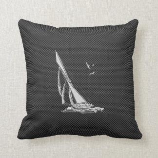 Le chrome aiment le voilier sur la fibre de coussin décoratif