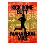 Le coup-de-pied d'homme de marathon de bonne chanc carte de vœux