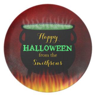 Le feu heureux de chaudron de Halloween Assiettes