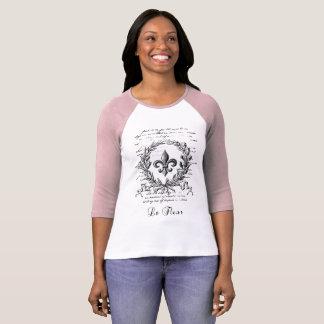 """""""Le Fleur De Lys"""" Vintage French Typography Design T-Shirt"""