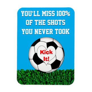 Le football - donnez- un coup de piedle ! magnets