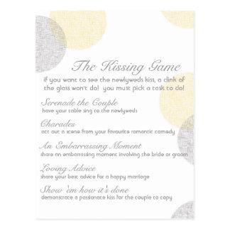 Le jeu de baiser de mariage carte postale