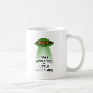le jour de St Patrick, enlevé par de petits hommes Tasses À Café