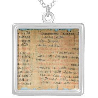 Le papyrus médical de Chester Beatty Pendentif