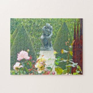 Le penseur par Rodin dans un jardin de sculpture d Puzzles