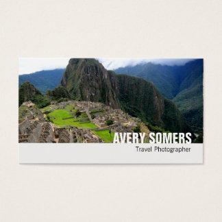 Le photographe de voyage ajoutent une grande cartes de visite