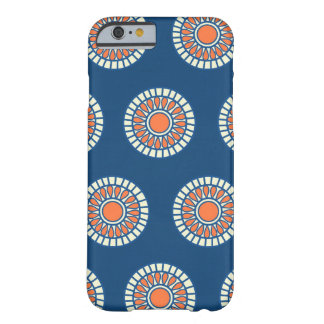 Le point de polka de très bon goût d'arabesque poi coque barely there iPhone 6