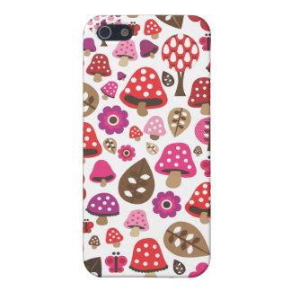 Le rétro papillon mignon de champignon badine le c iPhone 5 case