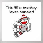 Le singe de chaussette aime des T-shirts et des ca Posters