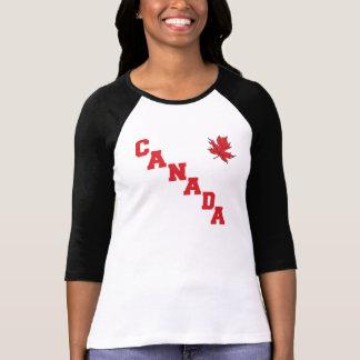 Le T-shirt des femmes du Canada de feuille d'érabl