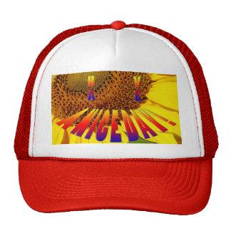 """le tournesol/arc-en-ciel chapeau souriant """"ont bea casquettes"""