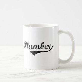 Le travail de professionnel de plombier mug blanc