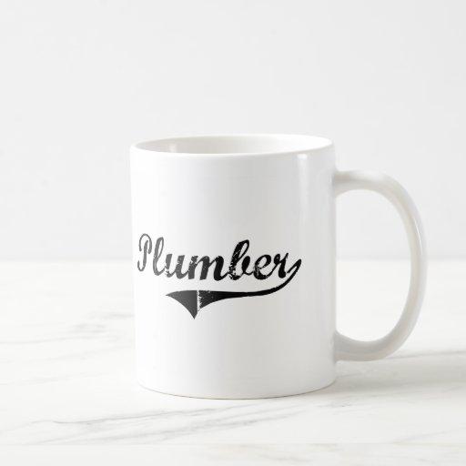 Le travail de professionnel de plombier mug