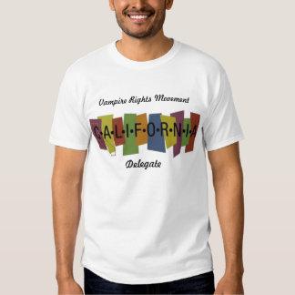 Le vampire redresse le mouvement - Californai T Shirts