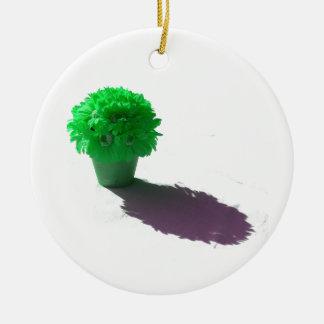 Le vert fleurit le seau et l'ombre blancs ornement rond en céramique
