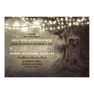 le vieux scintillement découpé d'arbre allume le carton d'invitation  12,7 cm x 17,78 cm