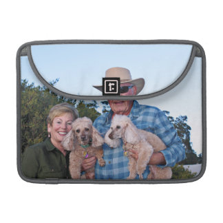 Leach - Poodles - Romeo Remy Sleeve For MacBook Pro