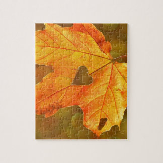Leaf in Heart Jigsaw Puzzle