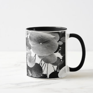 Leaf of lotus mug