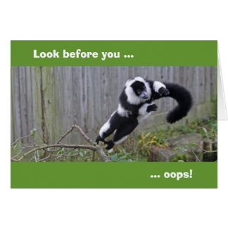 Leaping lemur card