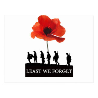LEAST WE FORGET SOLDIERS MARCHING POSTCARD