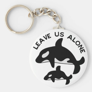 Leave the Orca Basic Round Button Keychain