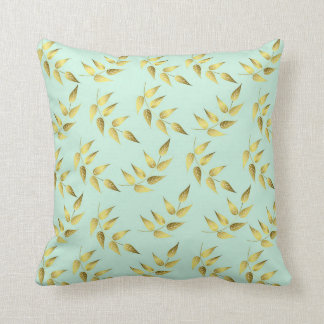Leaves sea breams throw pillow