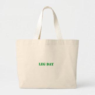 leg day green bag