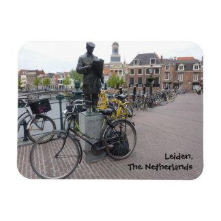 Leiden (Statue & Bikes) Magnet